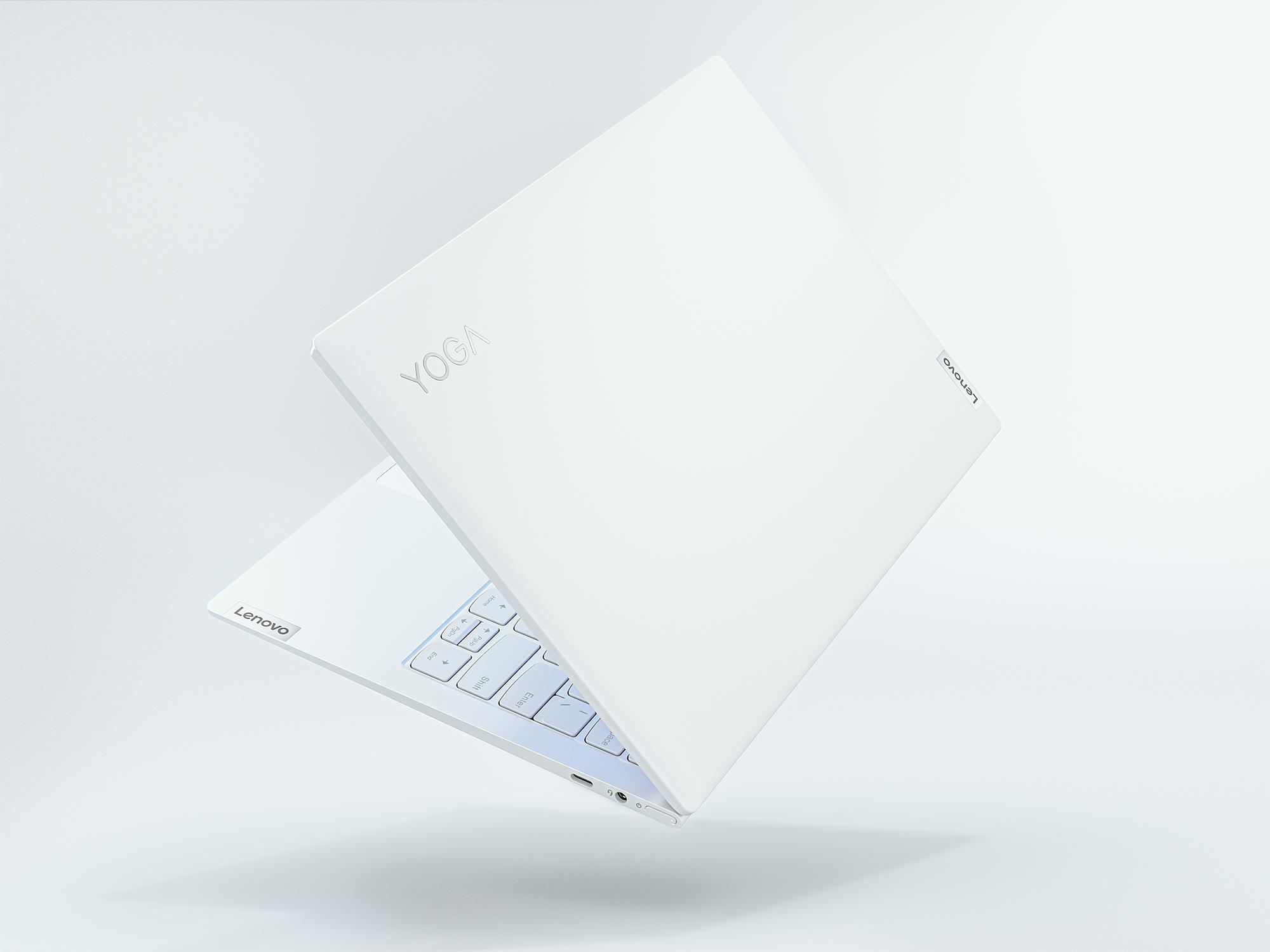 966 克的純白化身 Lenovo Yoga Slim 7i Carbon 輕盈登場